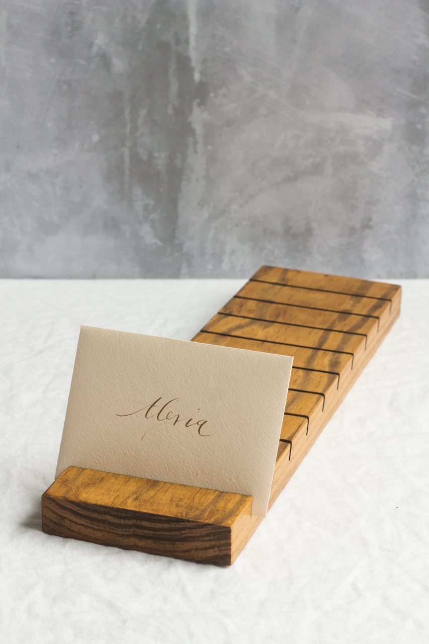 Escort card holder