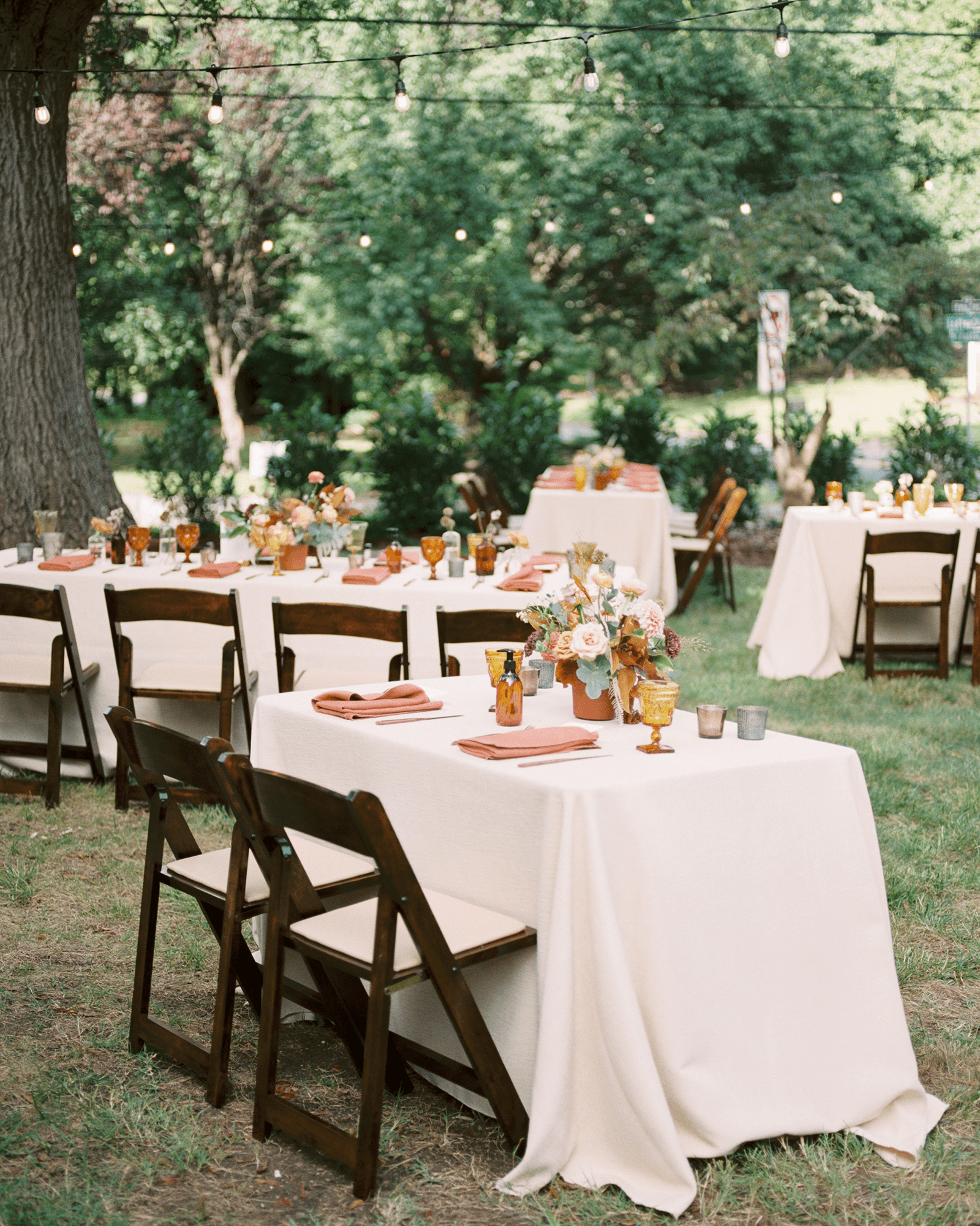Corrie-and-Kevins-Fall-McAlister-Leftwich-House-Wedding-Kelsey-Nelson-Photography-Reception
